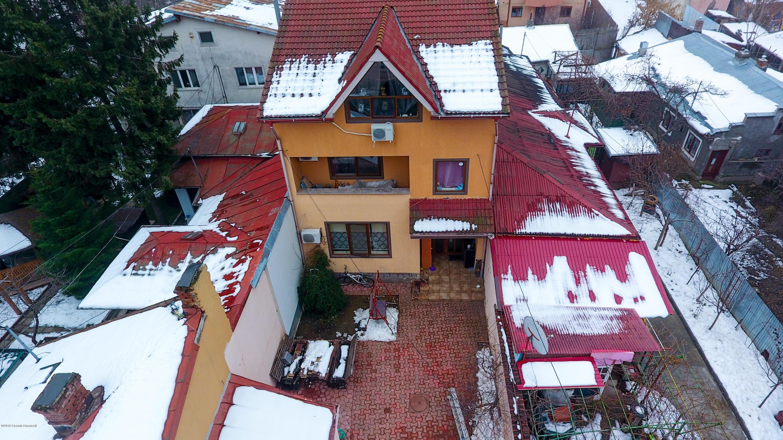 Vanzare Casa 228 m²