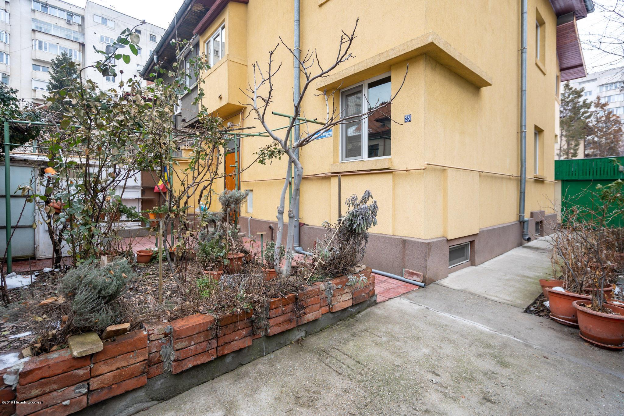 Vanzare Casa 122 m²