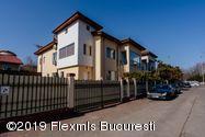 Vanzare Casa 600 m²