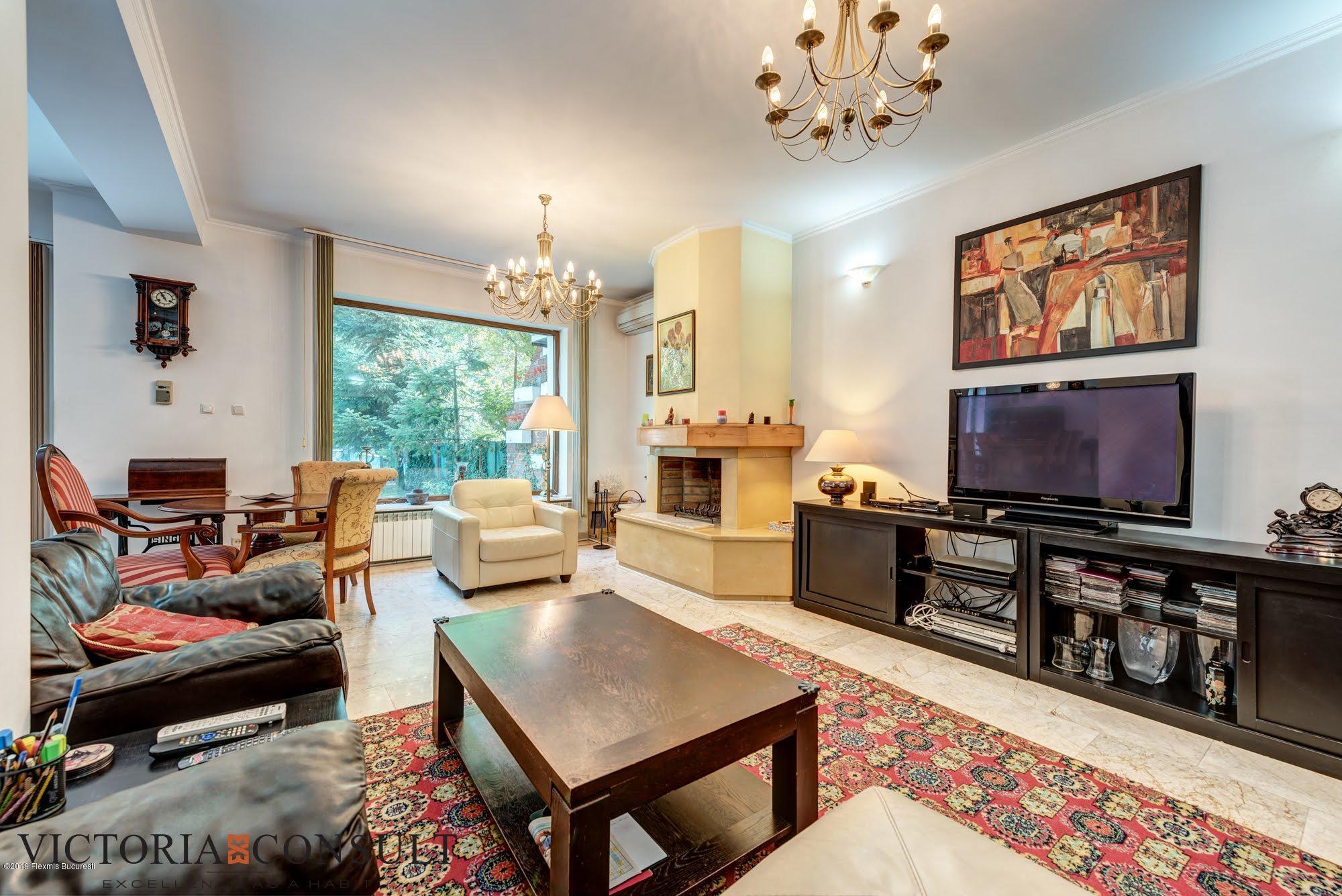 Vanzare Casa 295 m²