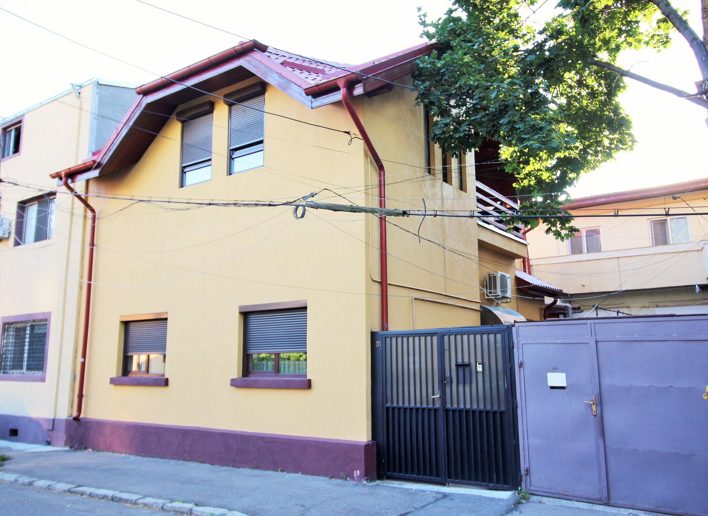 Vanzare Casa 137 m²