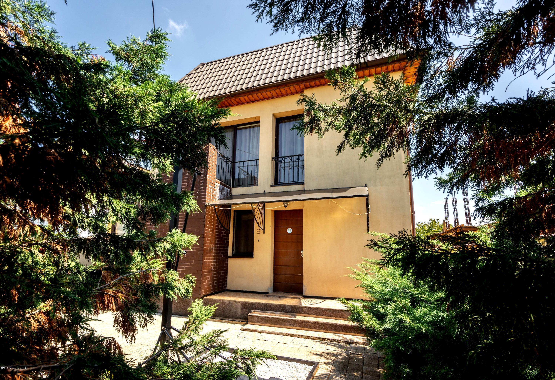 Vanzare Casa 210 m²