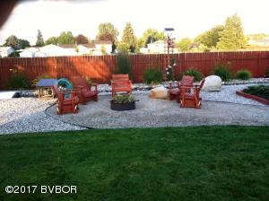 Back yard in summer, owner photo a