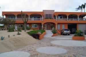 Casa Cabo Real