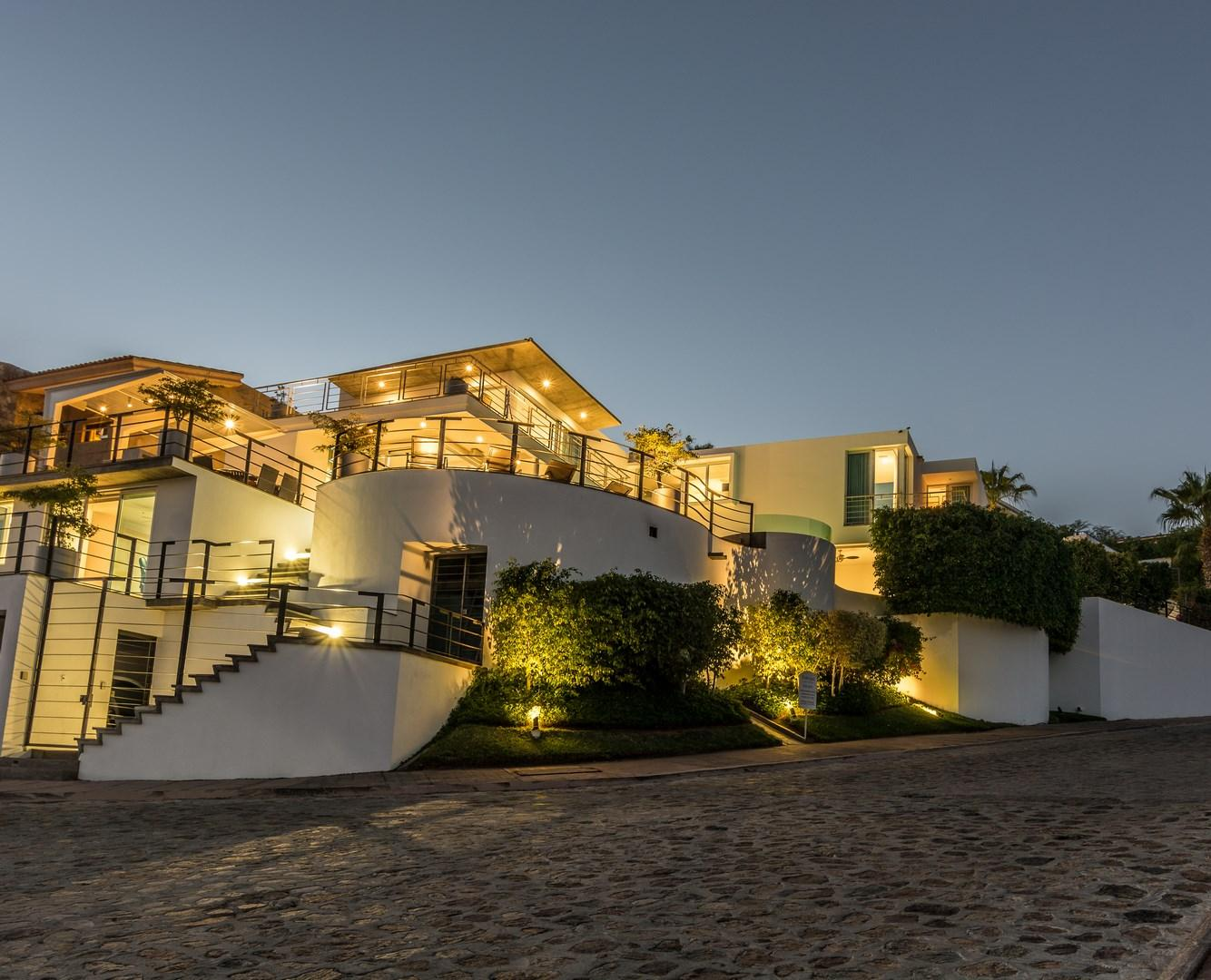 Cabo San Lucas, 5 Bedrooms Bedrooms, ,5 BathroomsBathrooms,House,For Sale,Camino del Mar,16-59