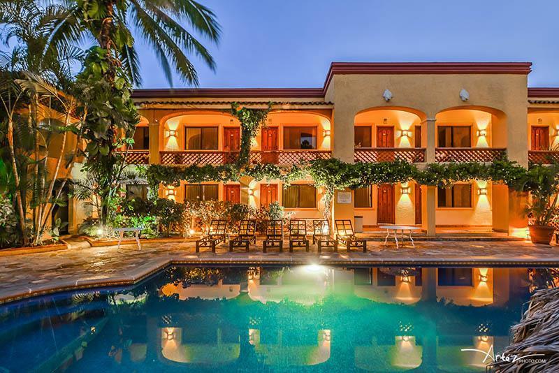 Hotel & Restaurant Tropicana-1