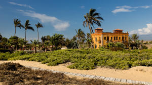 La Pastora Oceanfront Estate