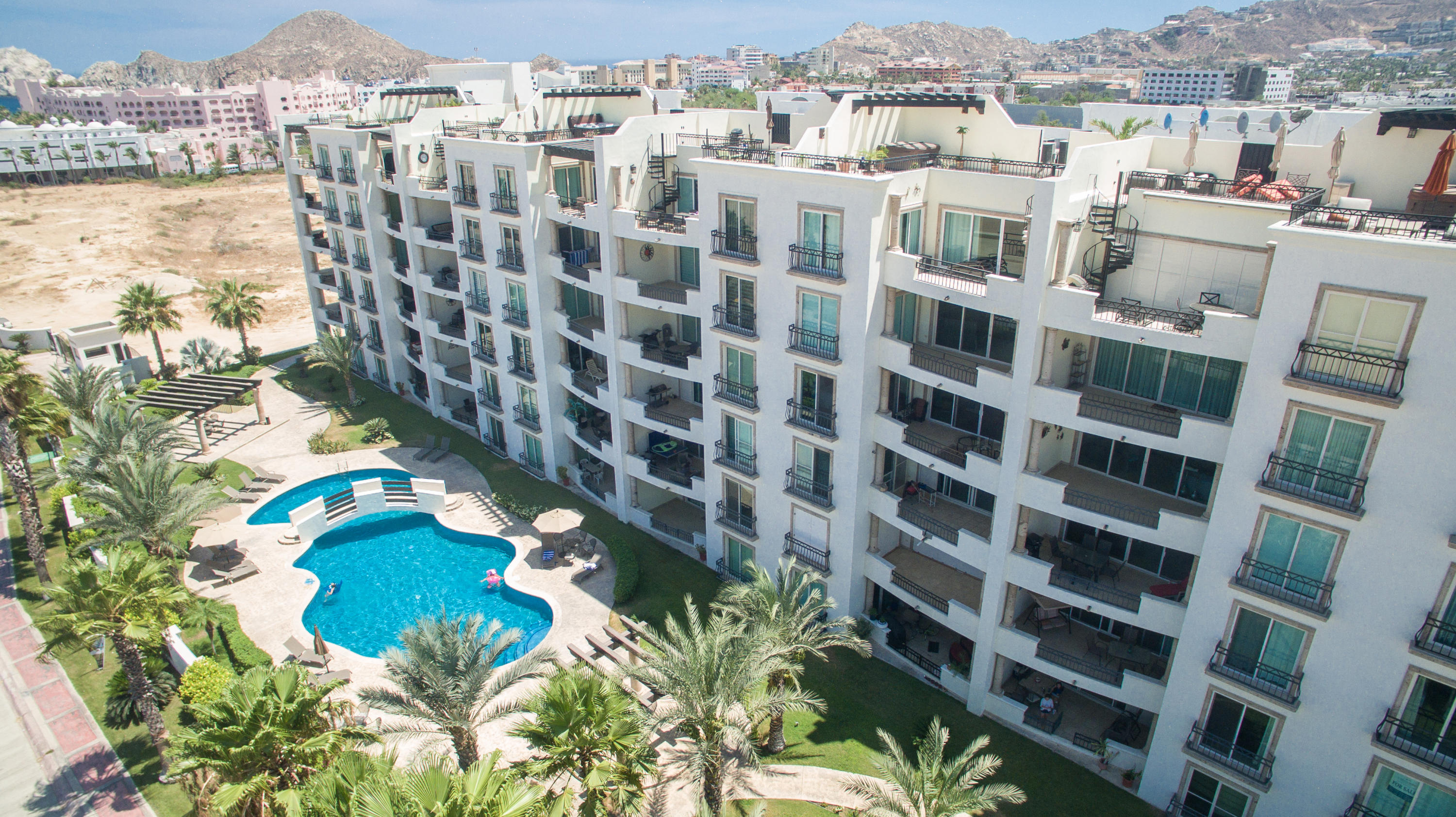 Cabo San Lucas, 2 Bedrooms Bedrooms, 2 Rooms Rooms,2 BathroomsBathrooms,Condo,For Sale,Constituyentes,16-2405