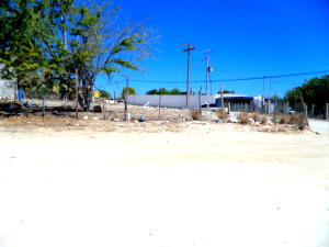C. Anguila y C. Delfino Castro GREAT BUSINESS SITE!   property for sale