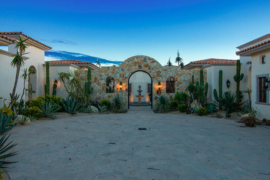 San Jose del Cabo, 5 Bedrooms Bedrooms, ,6 BathroomsBathrooms,House,For Sale,Avenue San Javier,17-2183