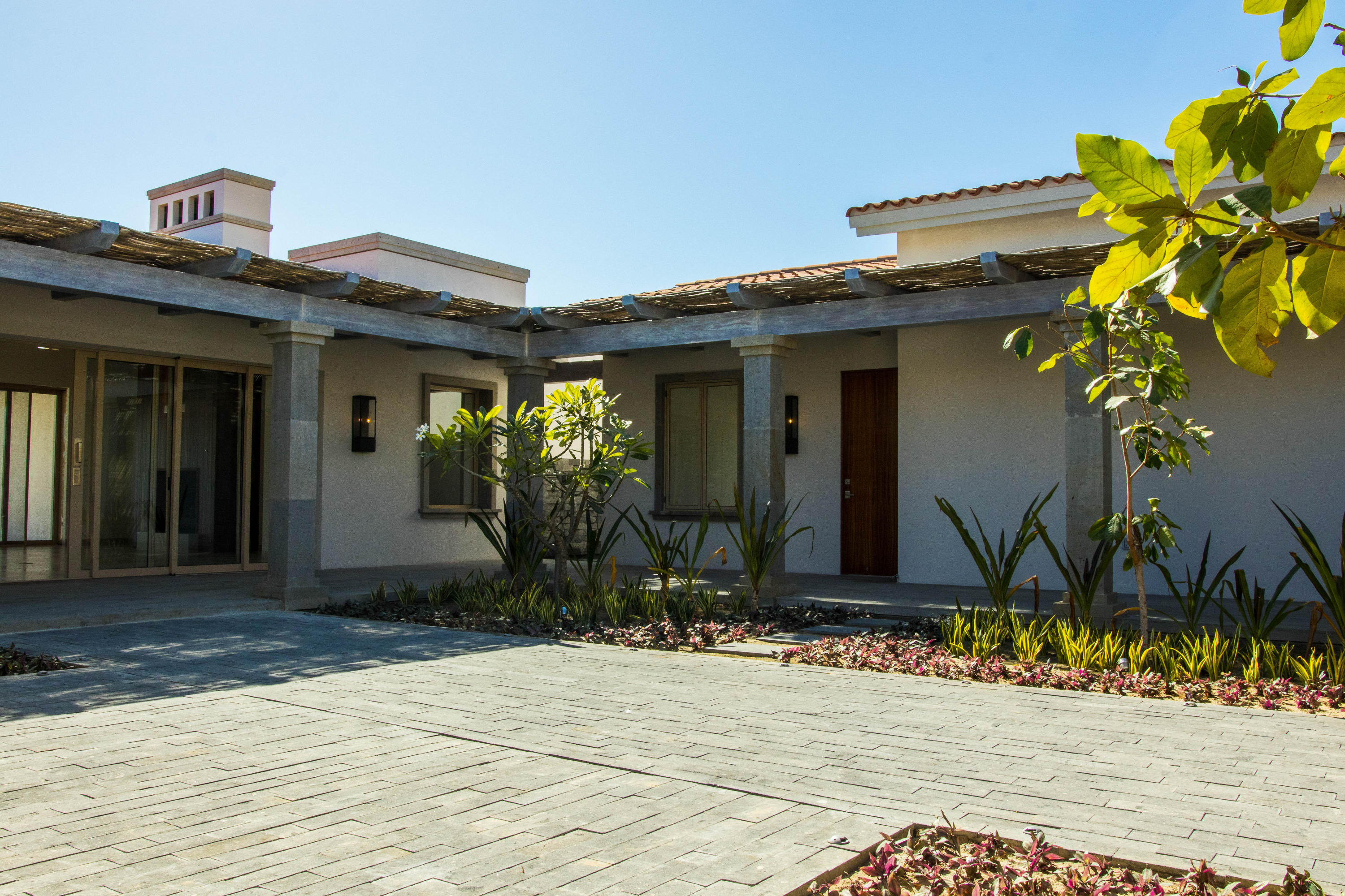 San Jose Corridor, 5 Bedrooms Bedrooms, ,5 BathroomsBathrooms,House,For Sale,Caleta Loma,17-740