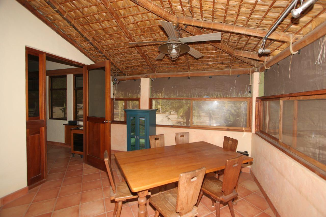 East Cape, 2 Bedrooms Bedrooms, ,1 BathroomBathrooms,House,For Sale,Casa Roca,18-284