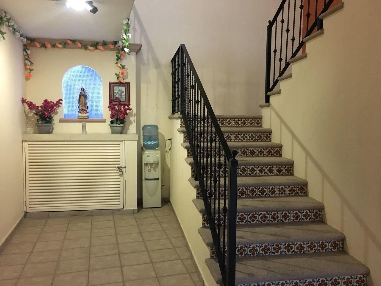 Hotel Plaza Los Arcos-9