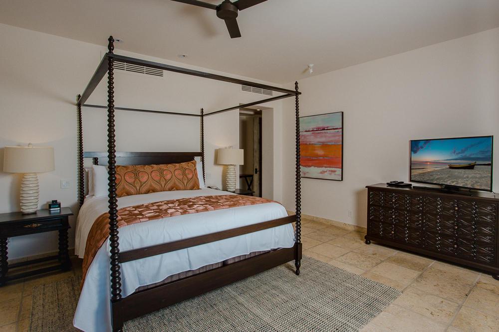 Esperanza Resort Villa 703-4