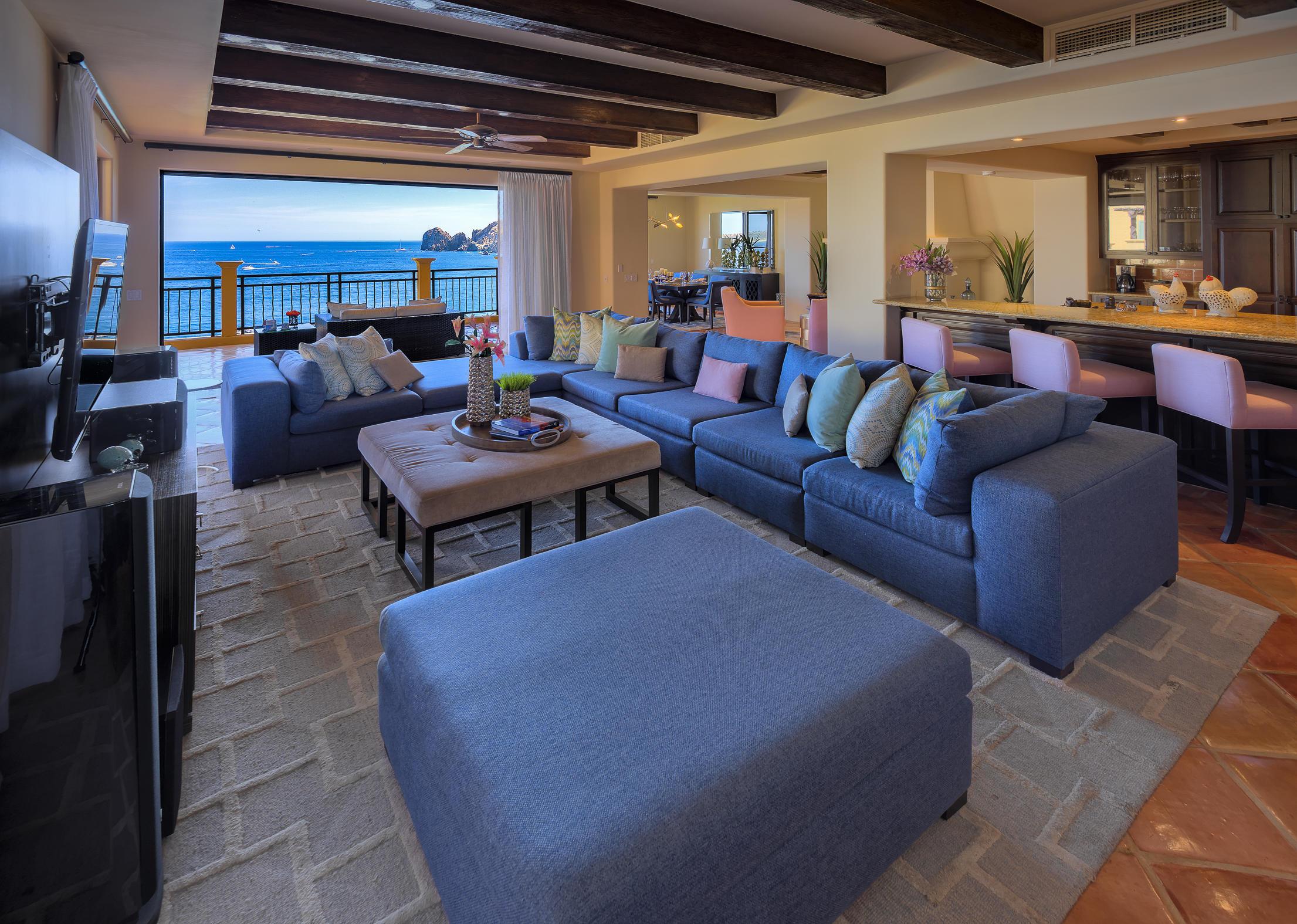Hacienda Penthouse 3501