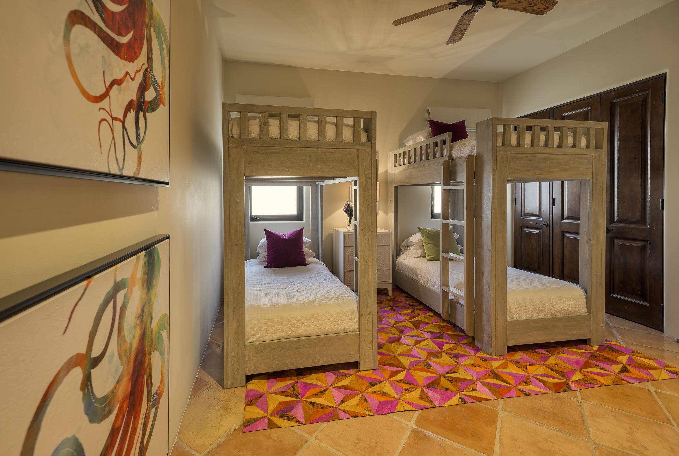 Hacienda Penthouse 3501-18