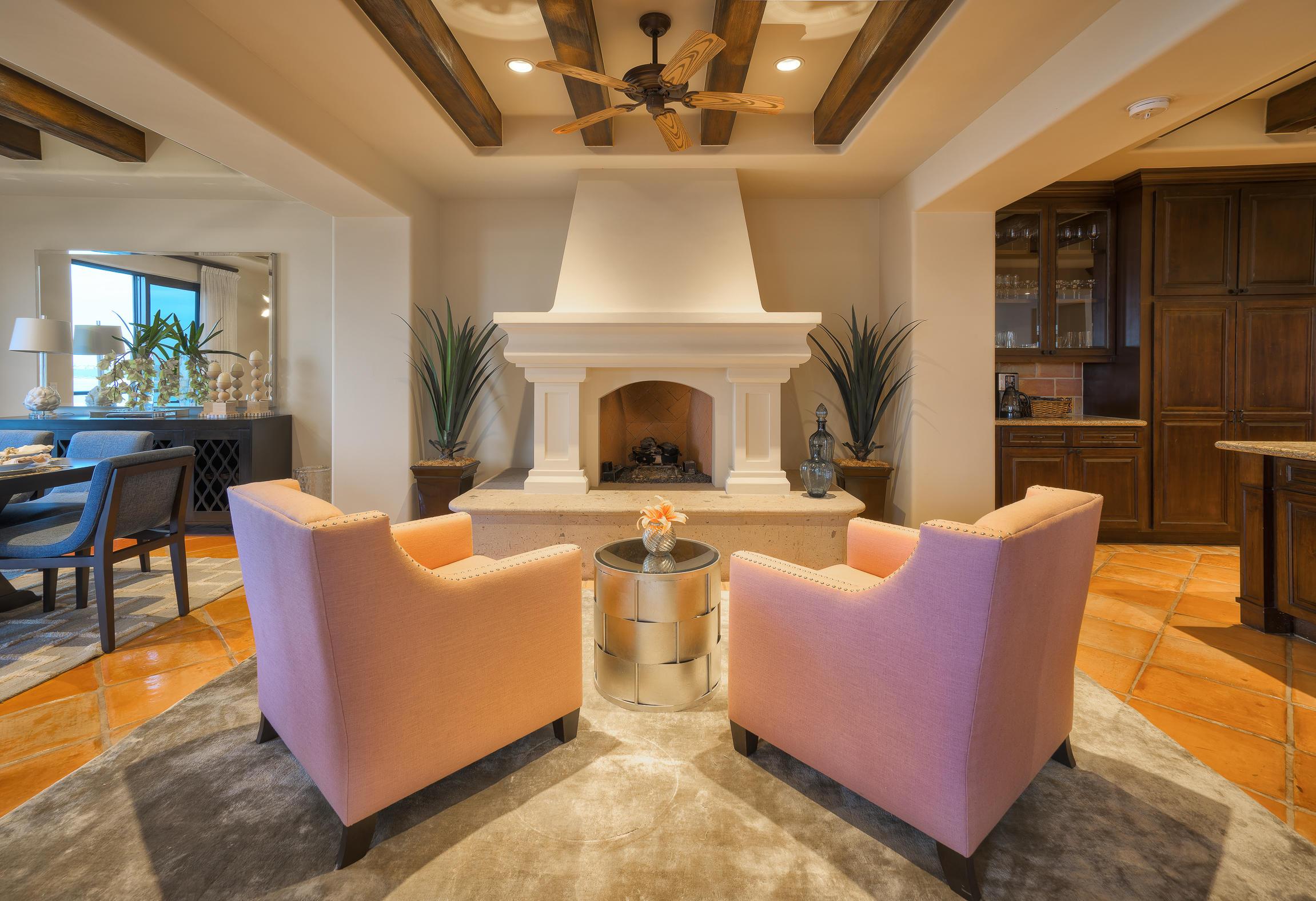 Hacienda Penthouse 3501-19