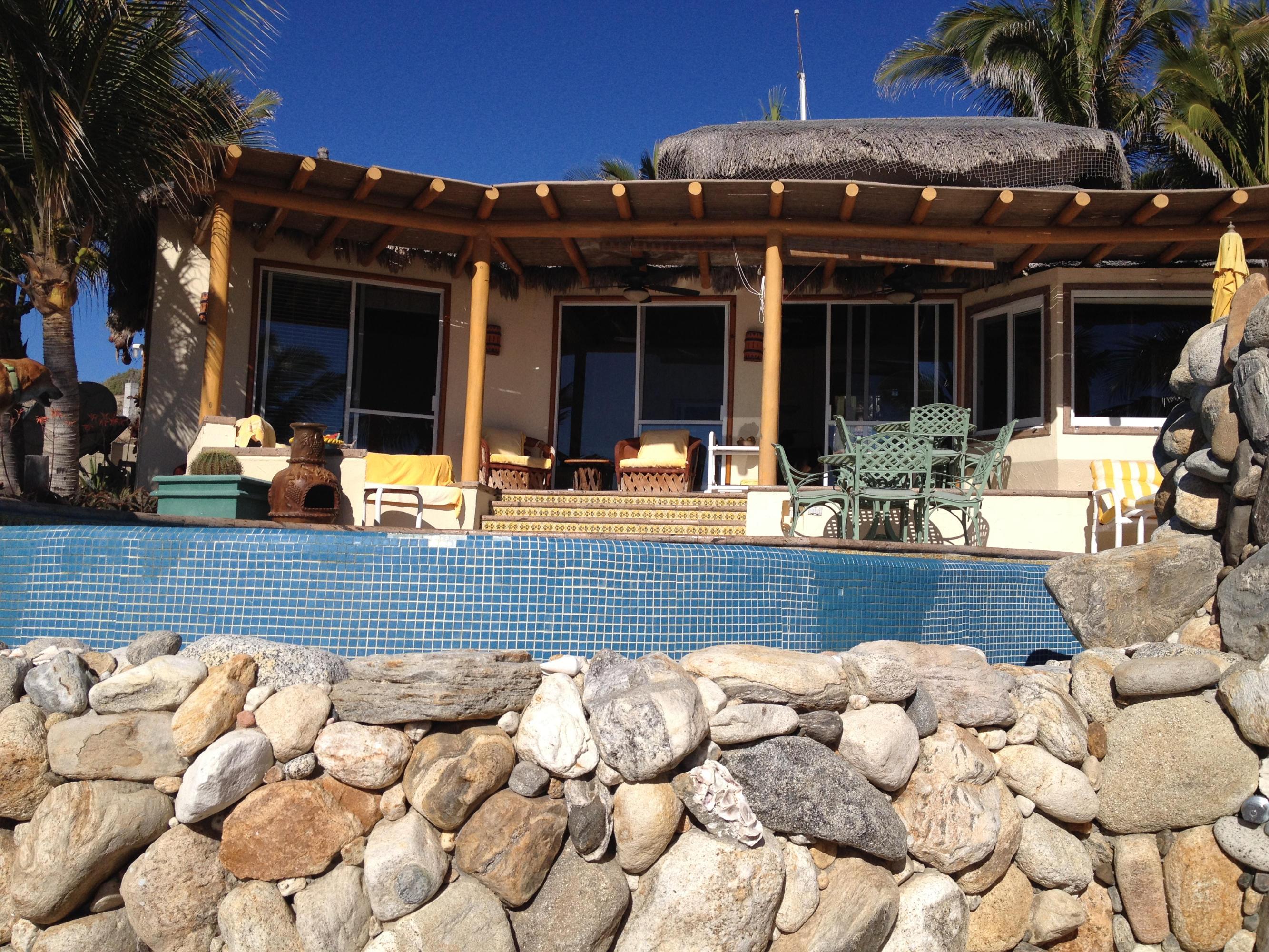 Casa Miesen Private Beachfront-5