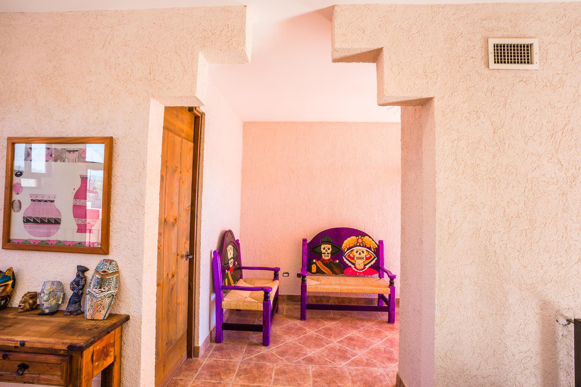 Casa Azteca,-25