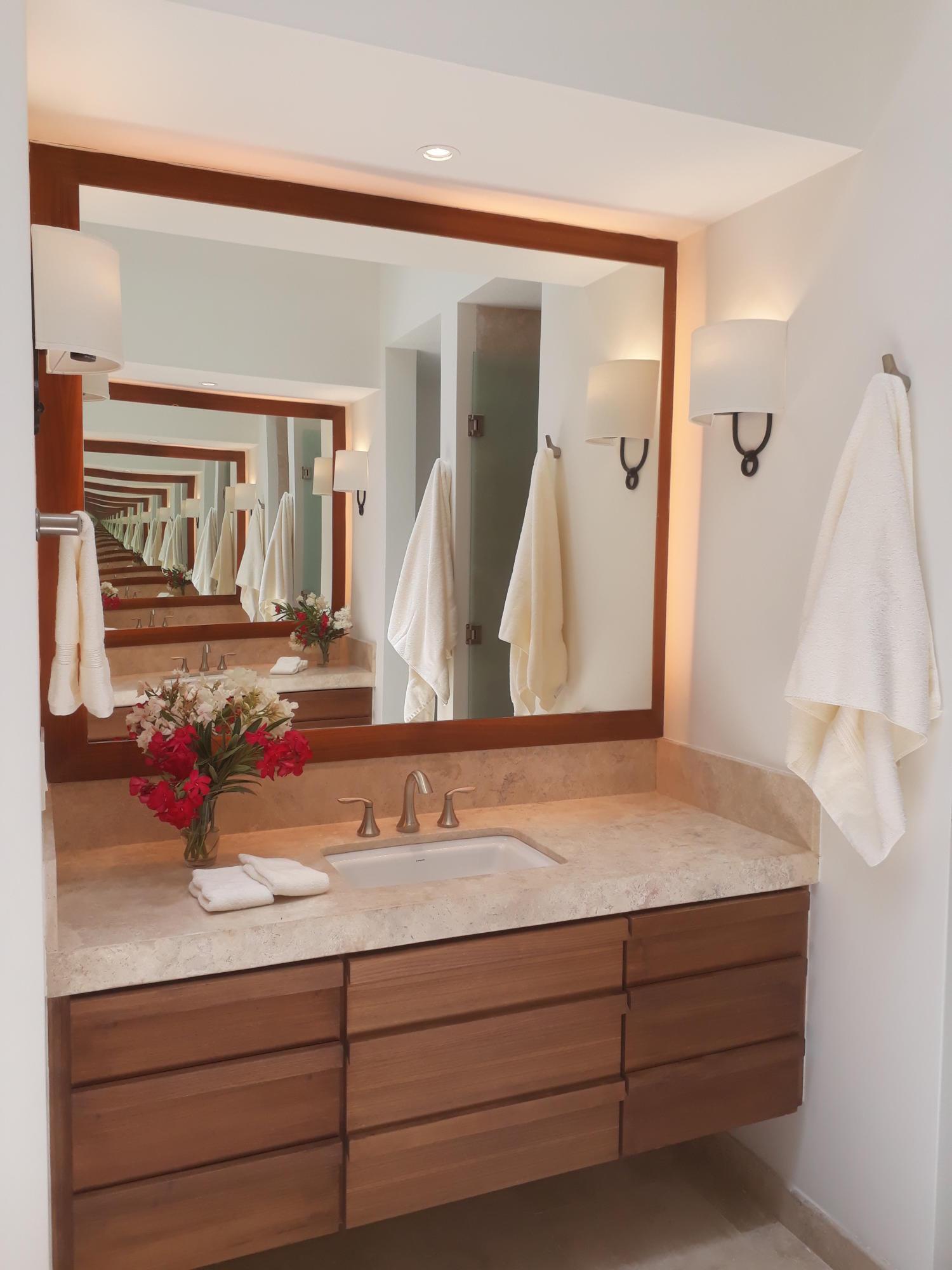 San Jose Corridor, 3 Bedrooms Bedrooms, 5 Rooms Rooms,3 BathroomsBathrooms,Condo,For Sale,Palm Avenue,18-1237