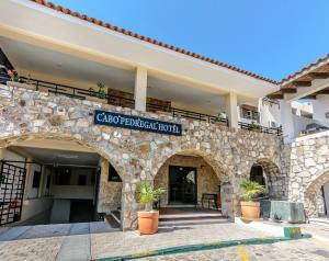 Cabo Pedregal Hotel & Condos