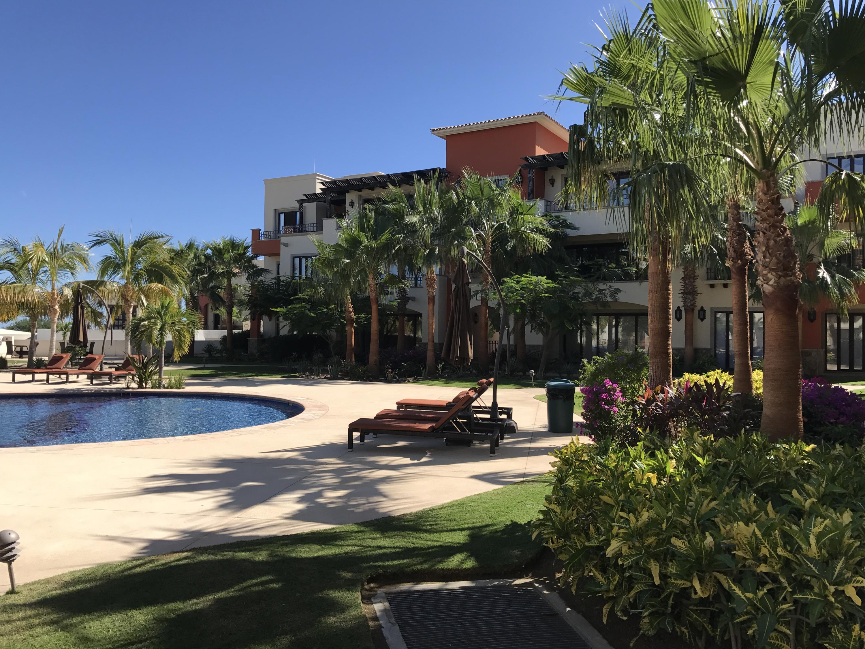 San Jose del Cabo, 3 Bedrooms Bedrooms, ,2 BathroomsBathrooms,Condo,For Sale,VILLAS DE MEXICO,18-1320
