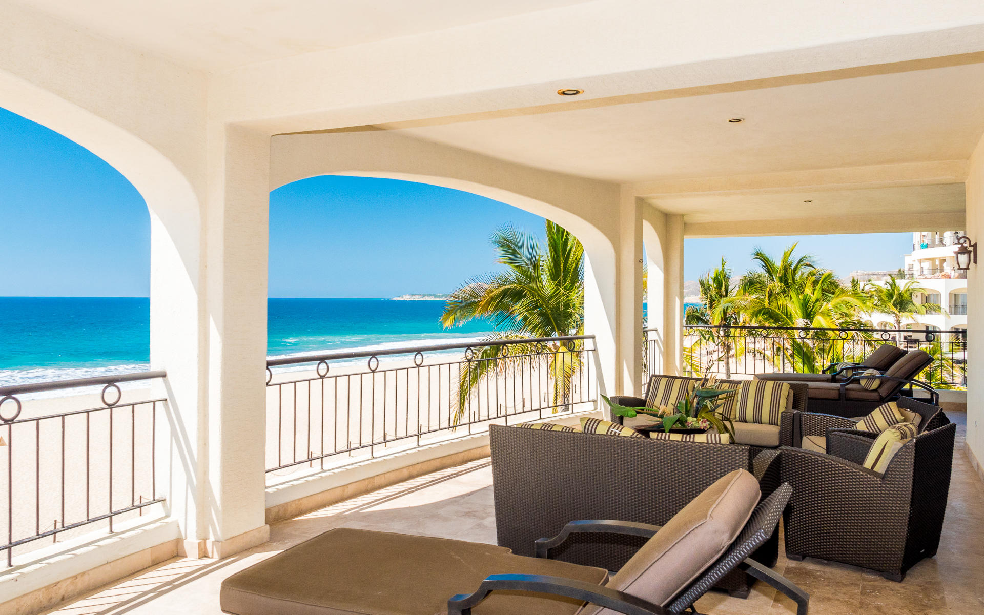 Ocean Front Villa-9