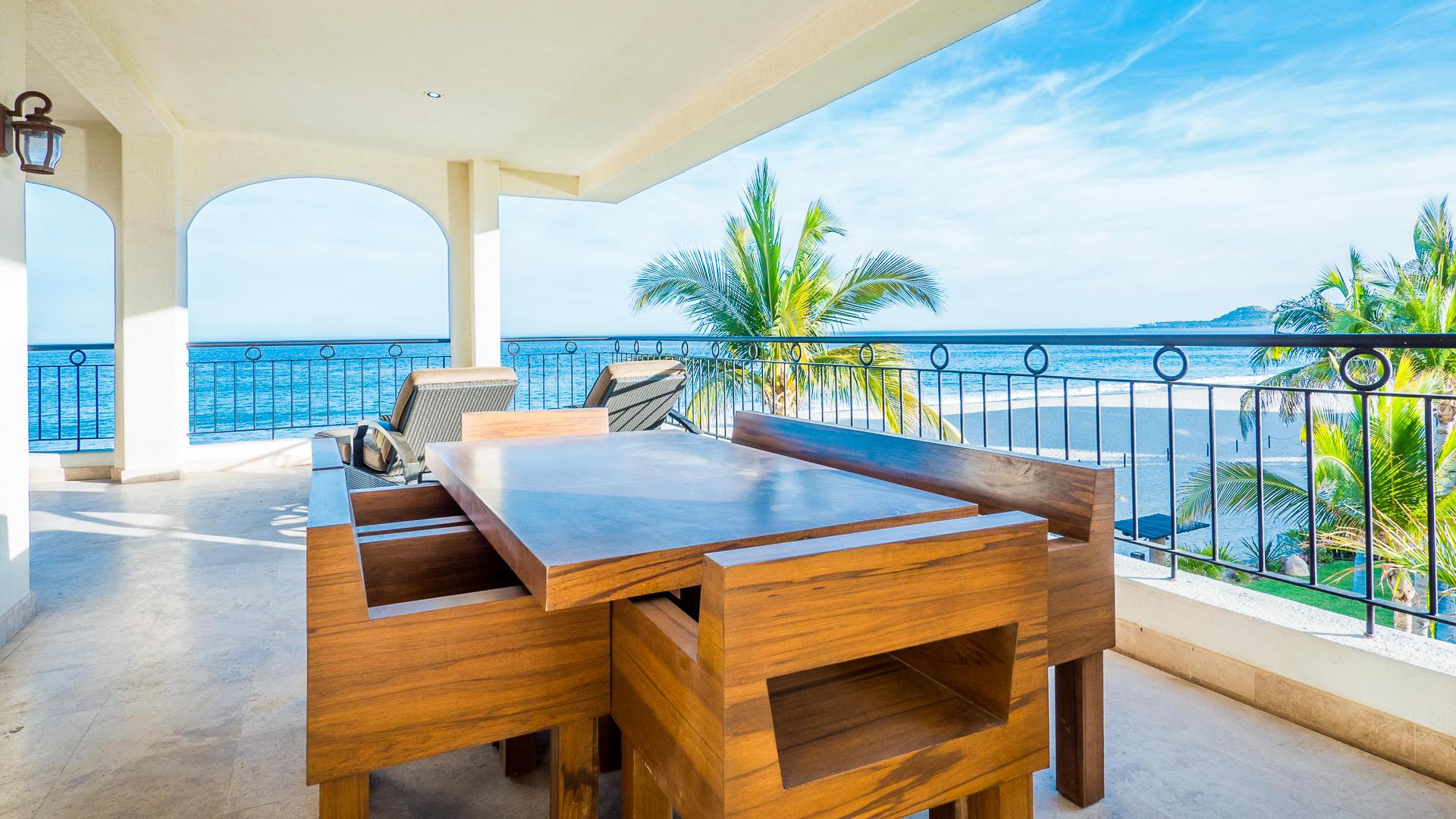 Ocean Front Villa-11