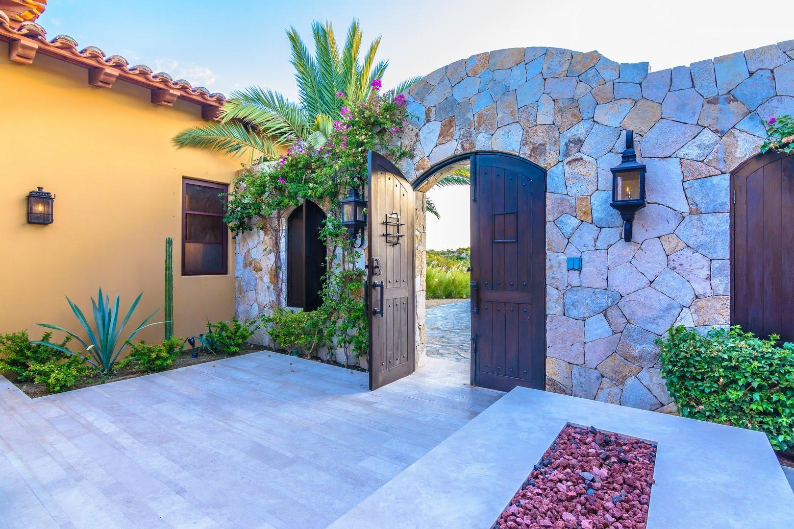 San Jose Corridor, 4 Bedrooms Bedrooms, ,4 BathroomsBathrooms,House,For Sale,Querencia Blvd,18-1657