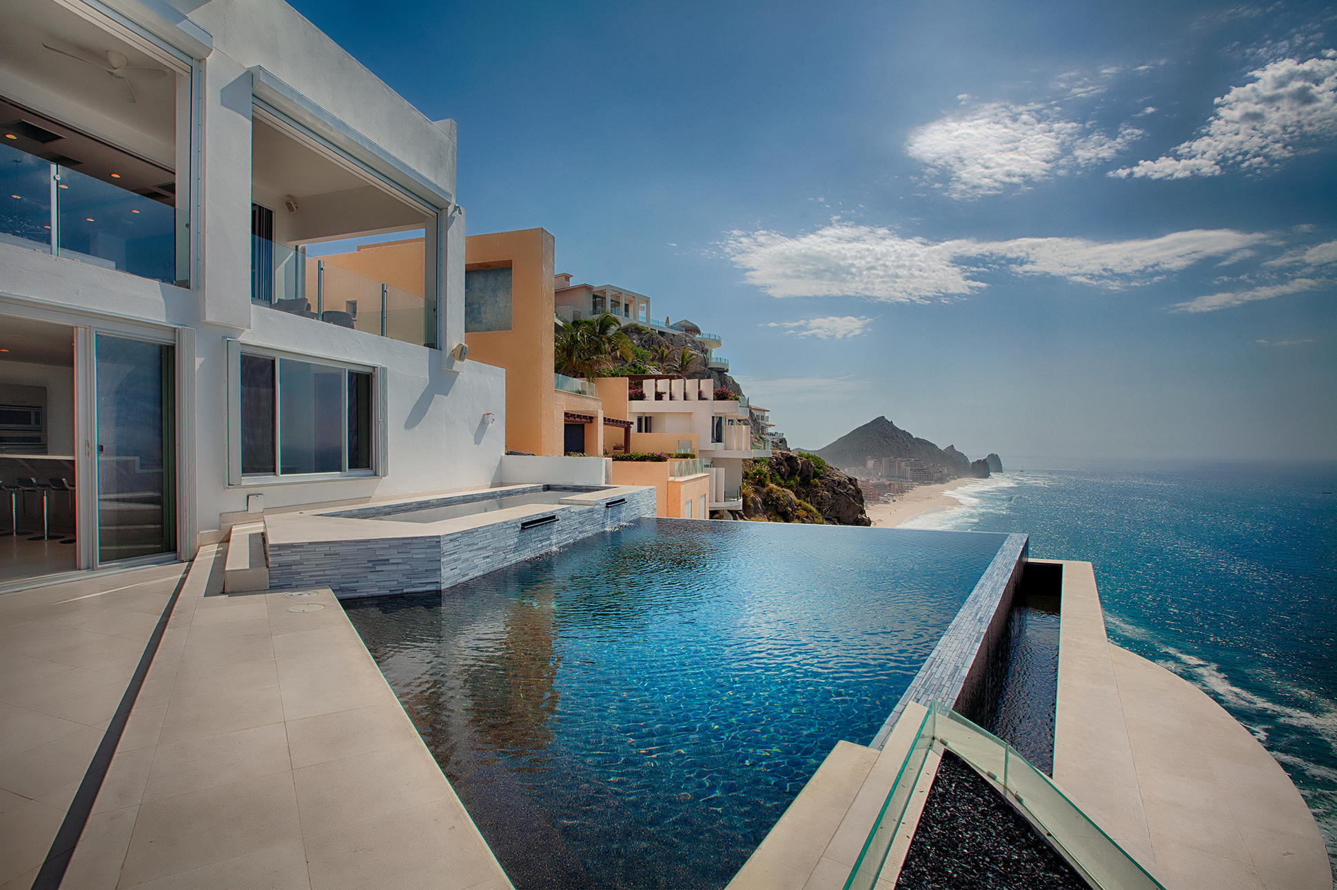 Cabo San Lucas, 7 Bedrooms Bedrooms, ,7 BathroomsBathrooms,House,For Sale,Callejon de Los Ninos,18-1719