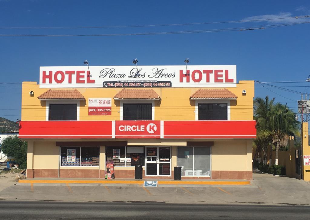 Hotel Plaza Los Arcos-13