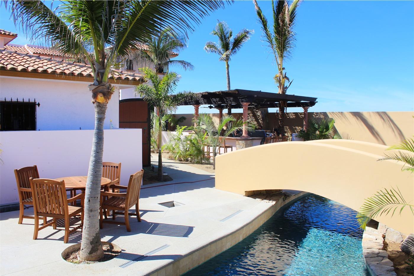 50% of Cerritos Beach Inn-6