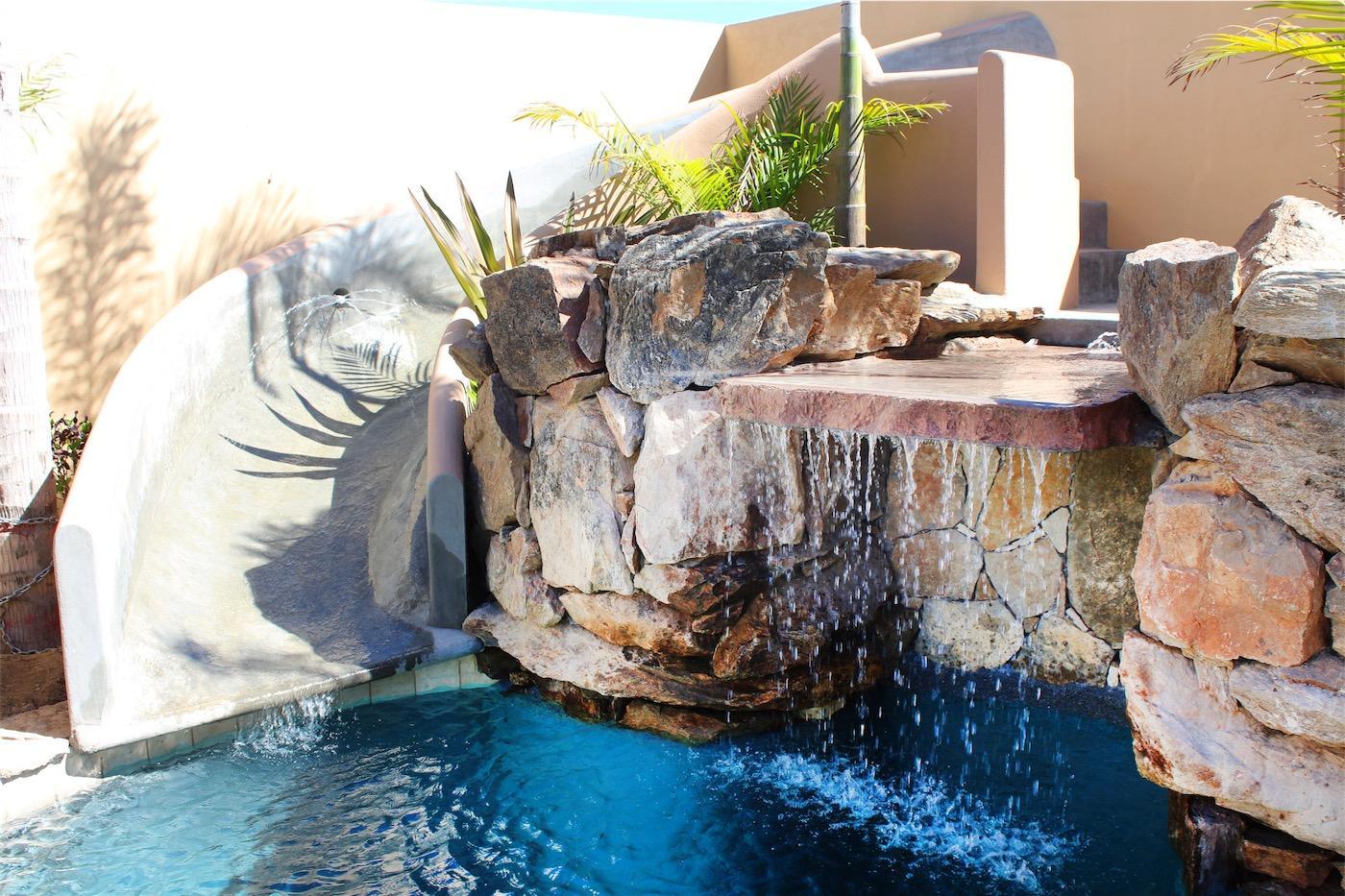 50% of Cerritos Beach Inn-8