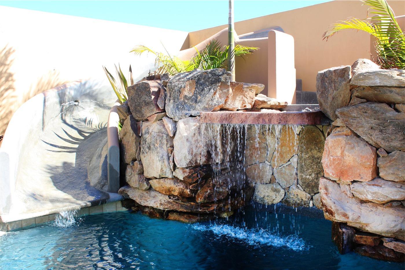 50% of Cerritos Beach Inn-9