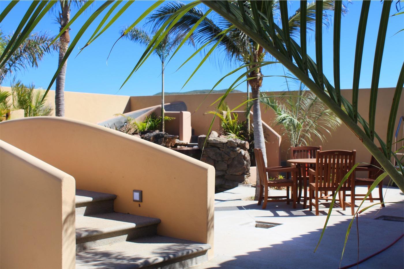 50% of Cerritos Beach Inn-10