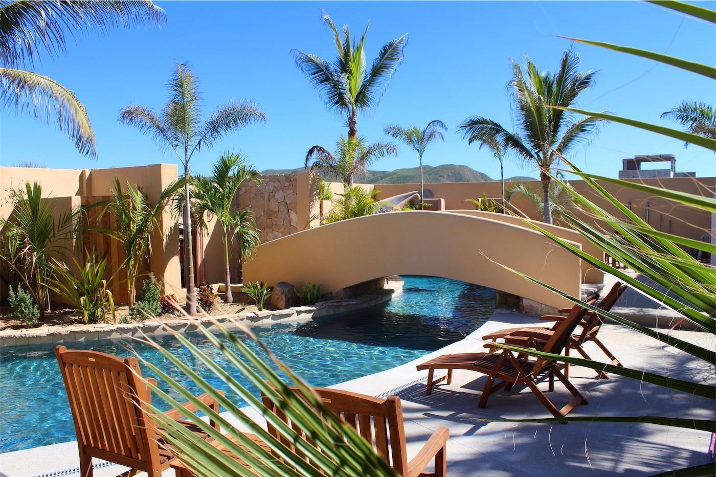 50% of Cerritos Beach Inn-11