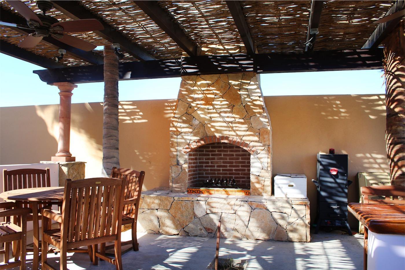 50% of Cerritos Beach Inn-22