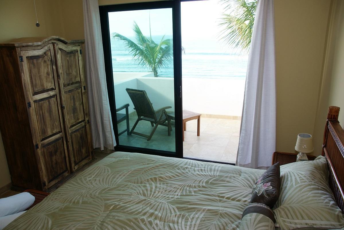 50% of Cerritos Beach Inn-29
