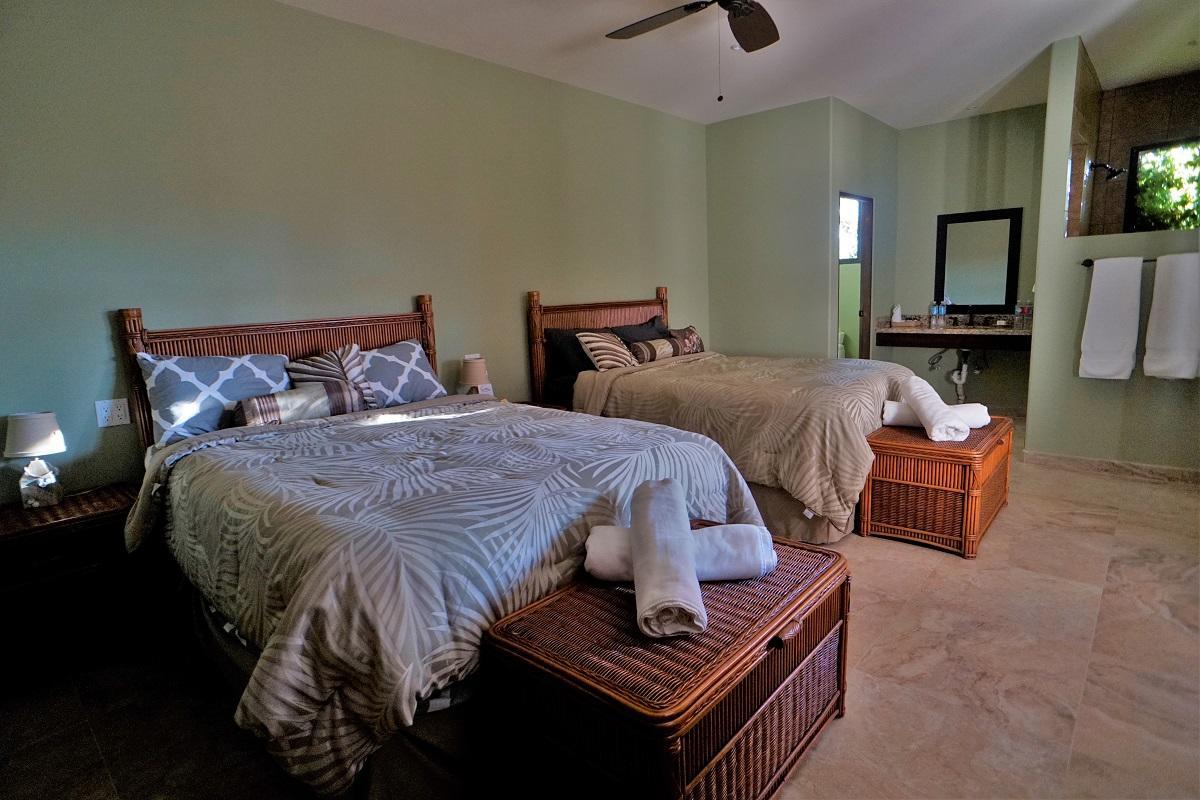 50% of Cerritos Beach Inn-34