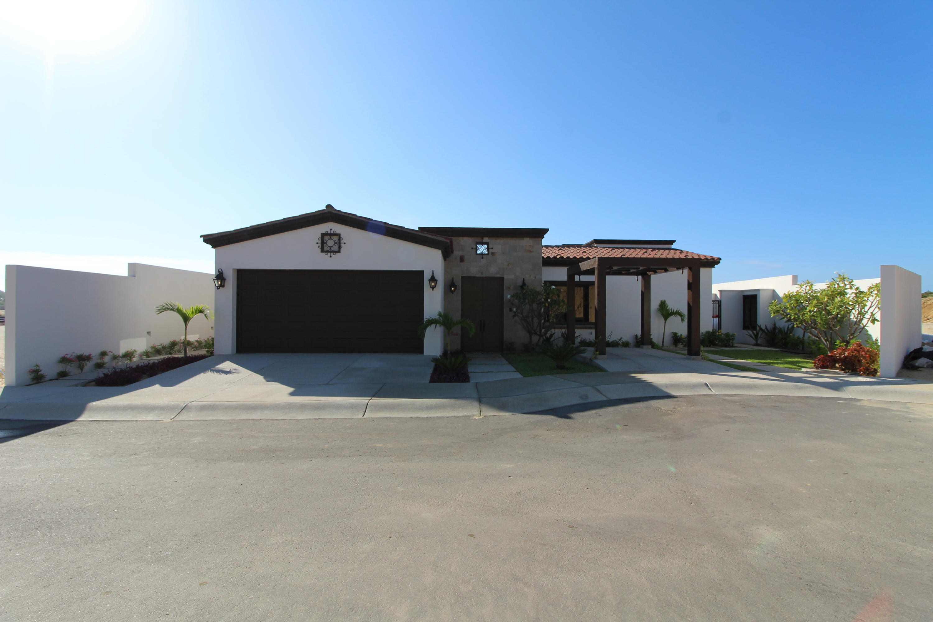 Pacific, 4 Bedrooms Bedrooms, ,4 BathroomsBathrooms,House,For Sale,Coronado at Quivira Via de,18-2140