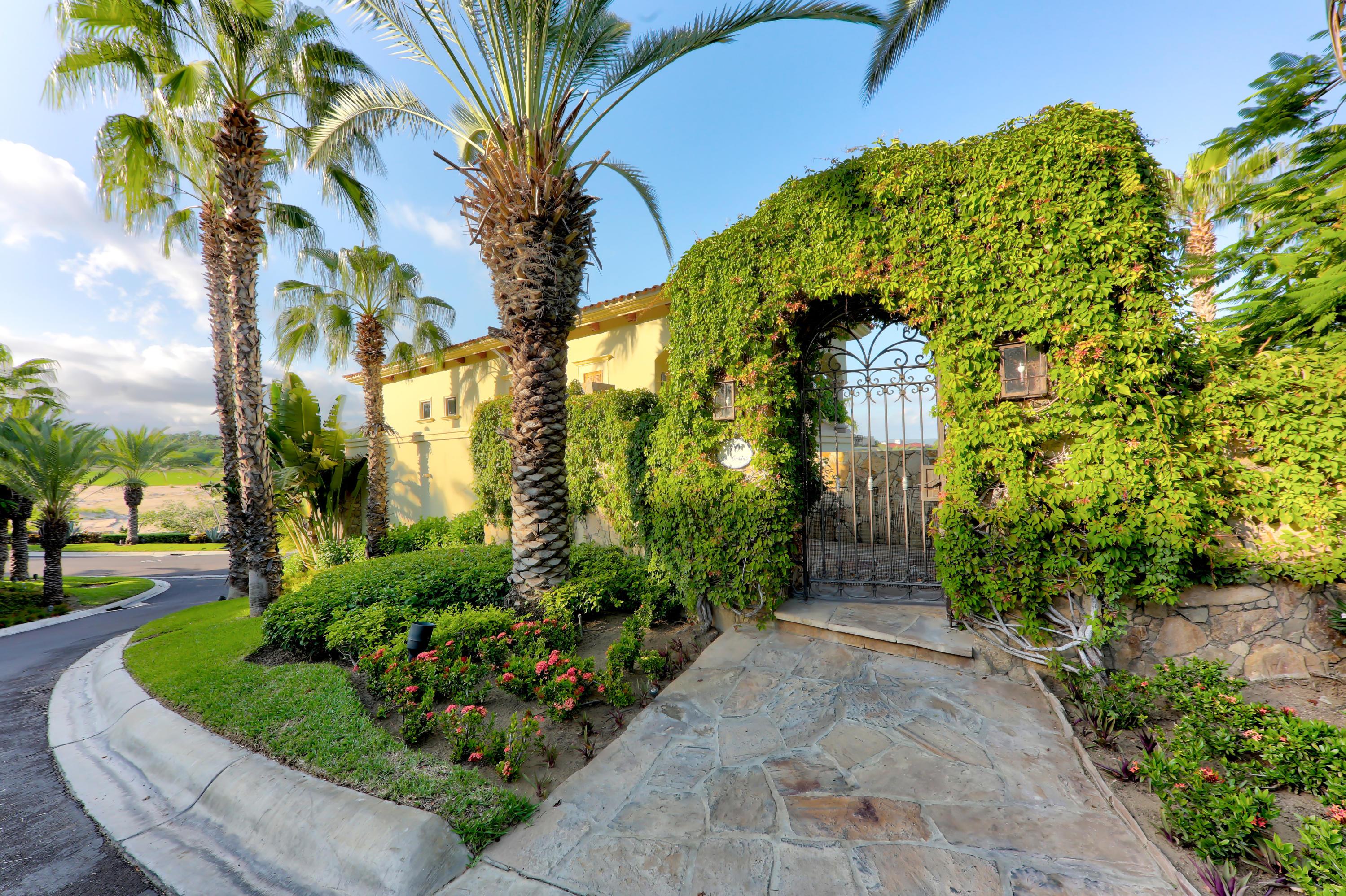 San Jose Corridor, 4 Bedrooms Bedrooms, ,4 BathroomsBathrooms,House,For Sale,Villas del Mar,18-2174