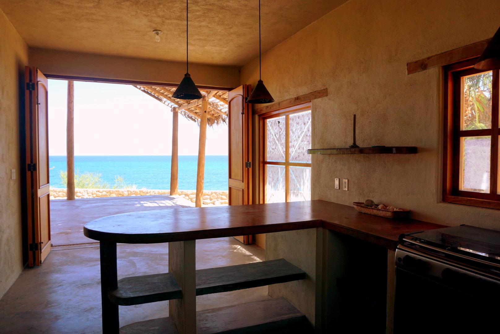Beachfront 3BR Home-8