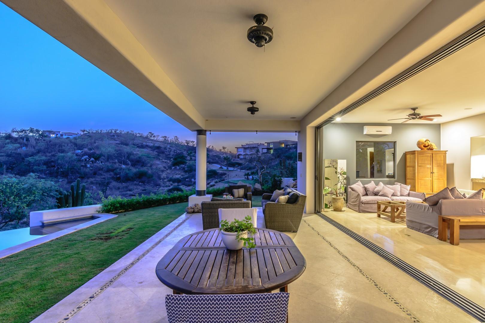 San Jose del Cabo, 4 Bedrooms Bedrooms, ,4 BathroomsBathrooms,House,For Sale,CASA MAYTE,18-2313