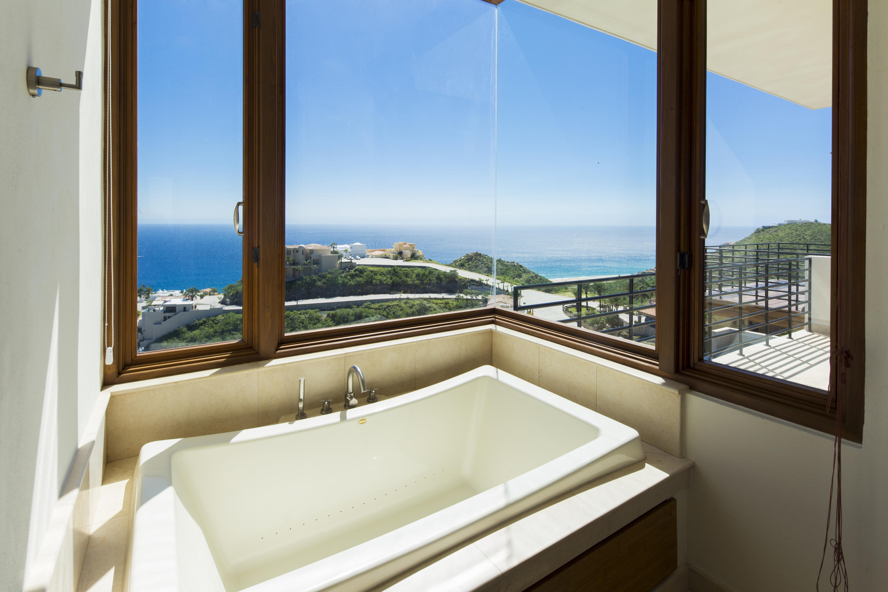 Cabo San Lucas, 6 Bedrooms Bedrooms, ,6 BathroomsBathrooms,House,For Sale,L5 Mz 39, Patron y Galento,18-2084
