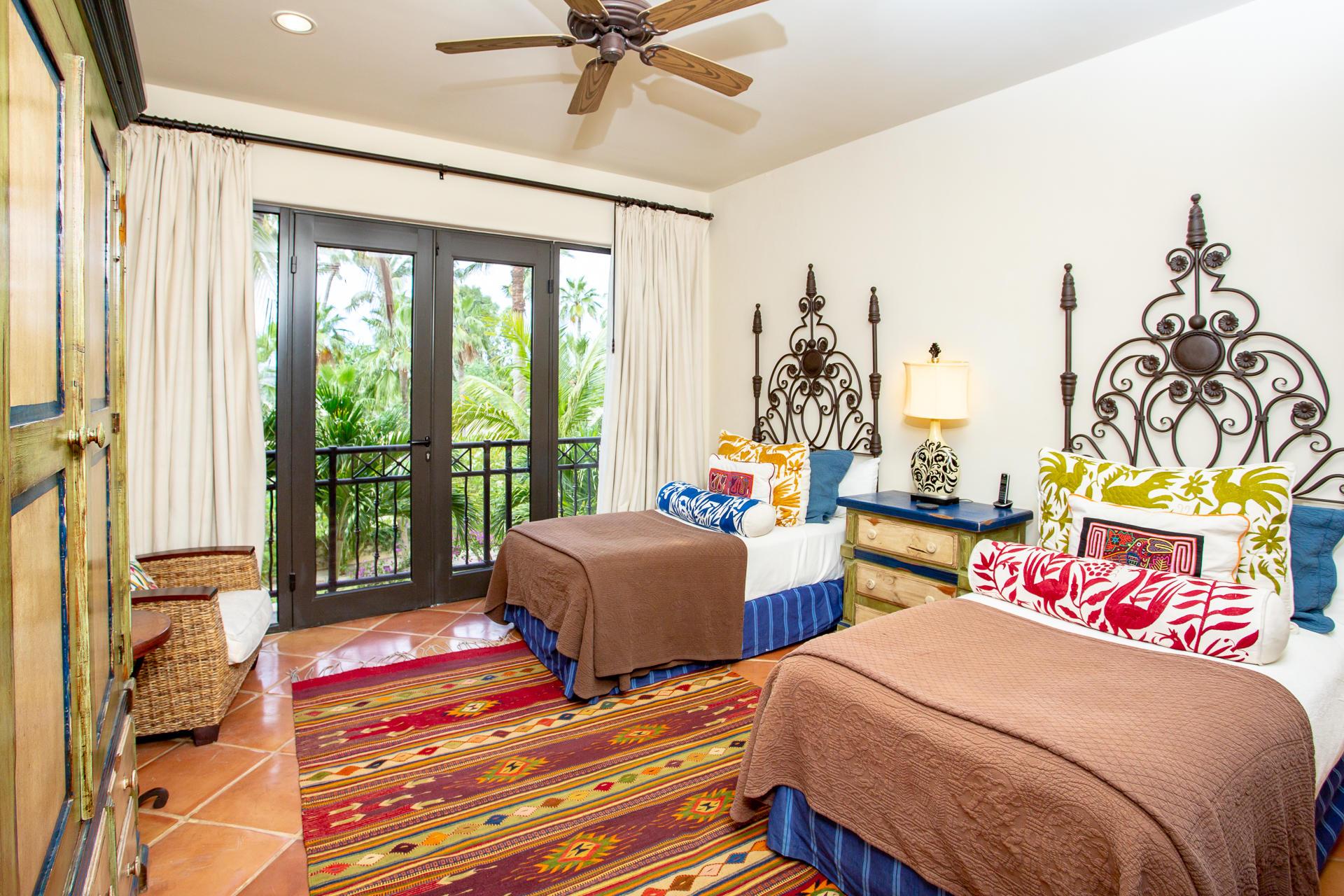 Hacienda Residence 2201-12