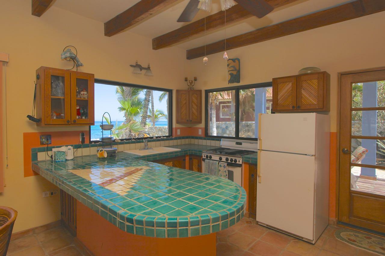 East Cape, 1 Bedroom Bedrooms, ,1 BathroomBathrooms,House,For Sale,Casa Vista Ballenas,18-2566