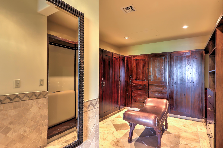 La Residencia 314-43