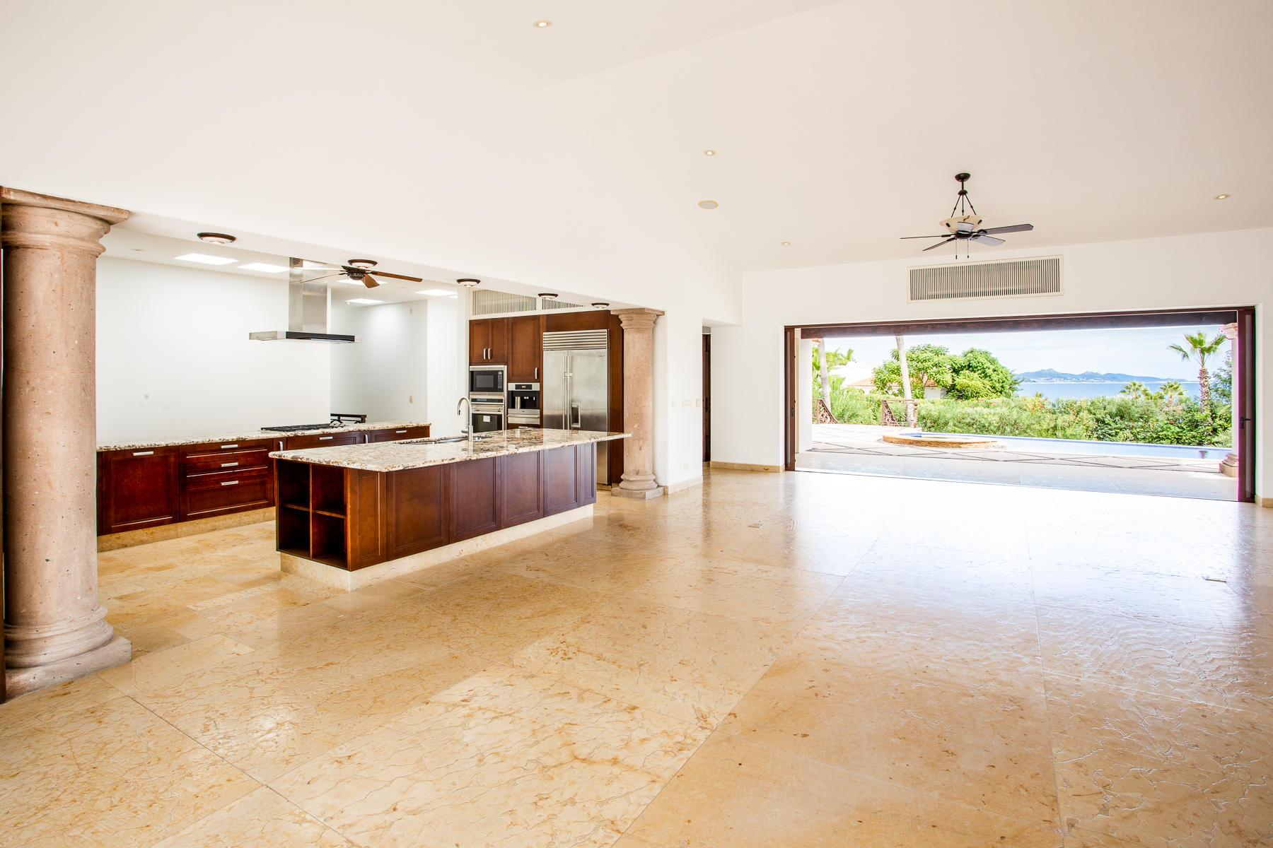 San Jose Corridor, 4 Bedrooms Bedrooms, ,4 BathroomsBathrooms,House,For Sale,Oceano Baja, San Jose del Cabo,18-2757