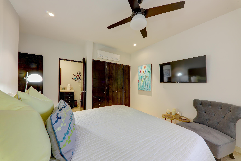 Pacific, 2 Bedrooms Bedrooms, ,2 BathroomsBathrooms,Condo,For Sale,Copala,18-2738