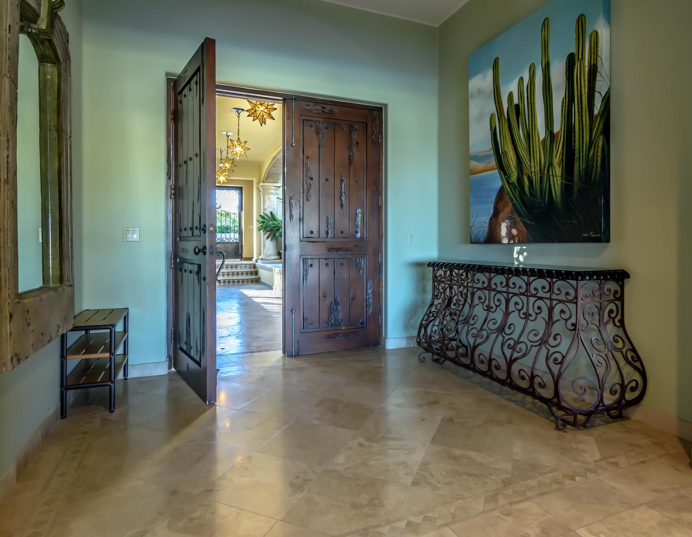 San Jose del Cabo, 5 Bedrooms Bedrooms, ,5 BathroomsBathrooms,House,For Sale,Padre Sistiaga,19-19